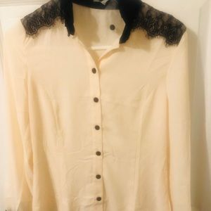 Black and cream blouse. NWT.